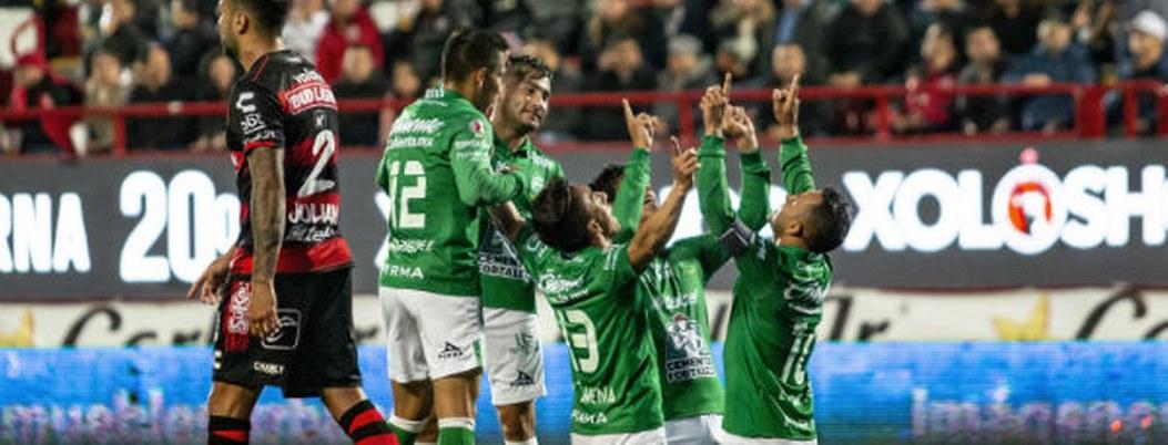 León vence 3-1 a Xolos y está cerca de semifinales