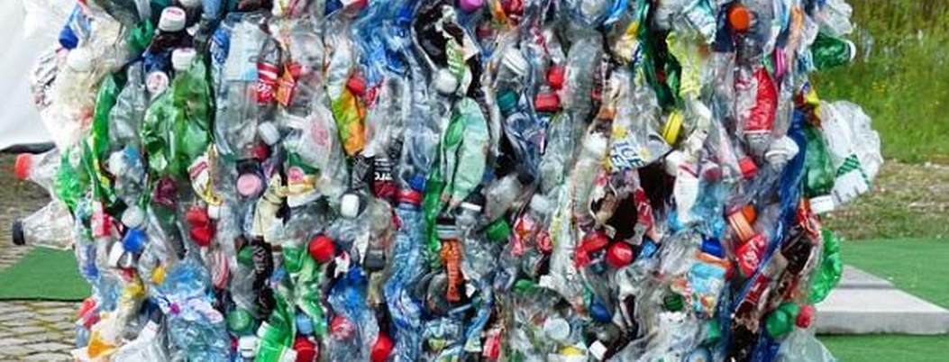 Prohiben 200 países exportar desechos plásticos sin autorización