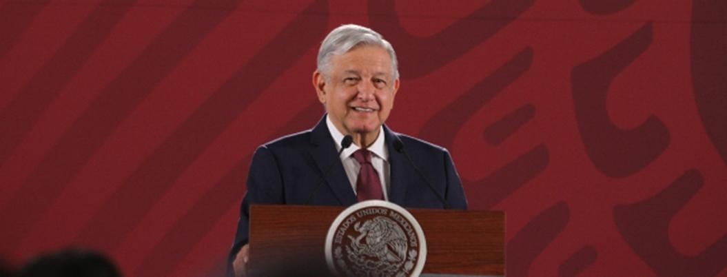 López Obrador promete que habrá un servicio de salud eficiente