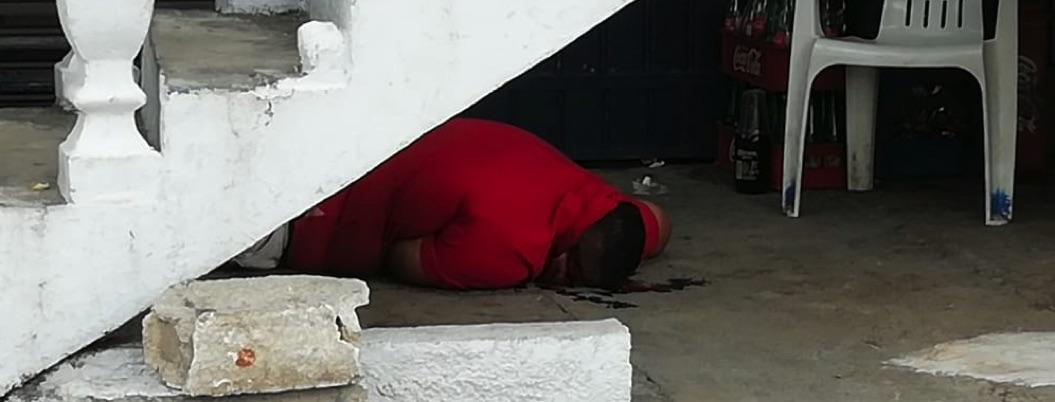 Ejecutan a mujer en una cantina en Ciudad Renacimiento, Acapulco