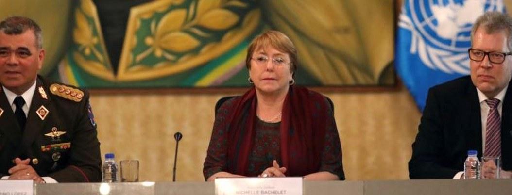 Michelle Bachelet se reúne con funcionarios de Maduro