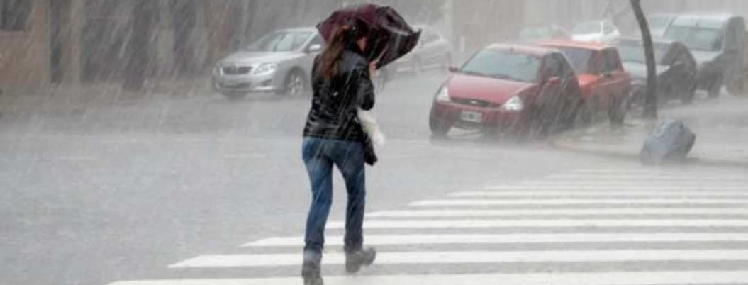 Ondas tropicales provocarán lluvias fuertes en México