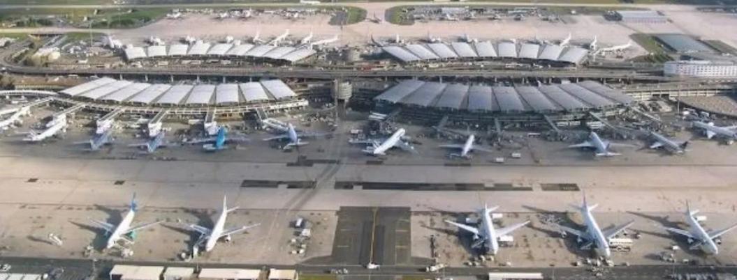 Santa Lucía, terminal para carga y líneas de bajo costo: arquitecto