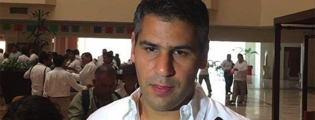 Giran orden de aprehensión contra otro achichincle de Javier Duarte