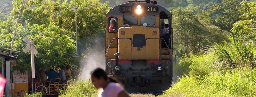 Presumen con exposición la llegada del tren al Istmo de Tehuantepec