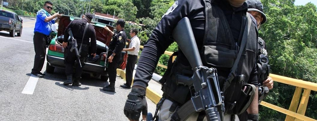 """""""Bajó flujo de migrantes en frontera sur"""", señalan polleros"""