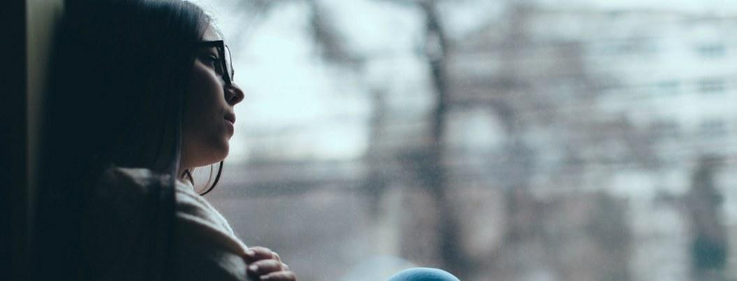 Mujeres las más propensas de padecer depresión, alerta el IMSS