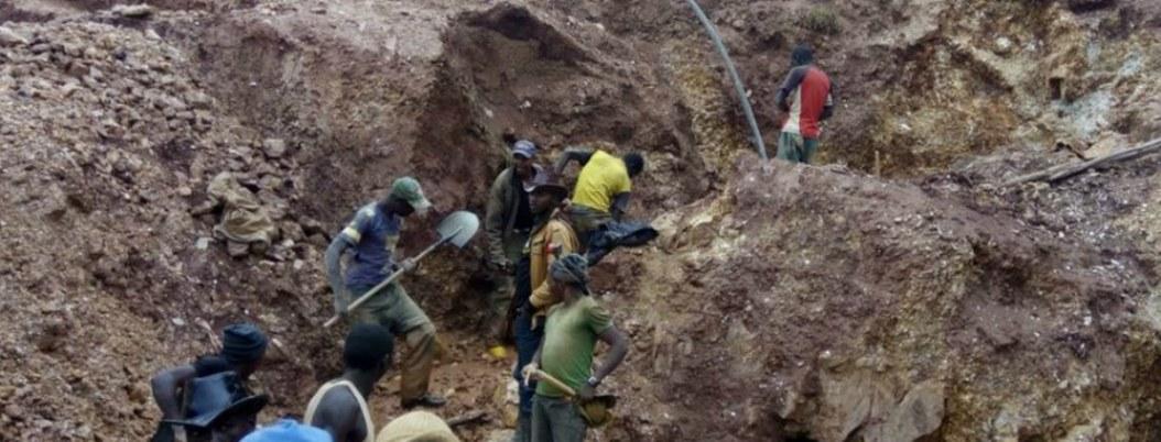 Mueren 36 personas en accidente de mina en República del Congo