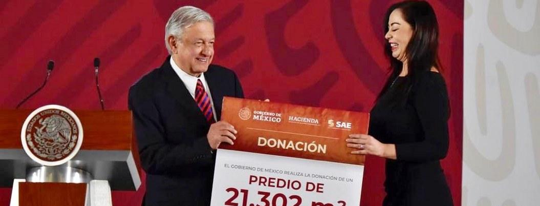 AMLO pide a conservadores no compararlo con su ídolo Porfirio Díaz