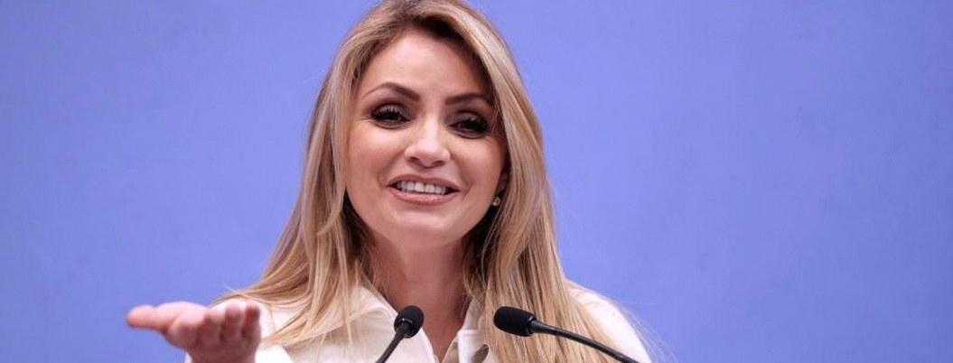 """""""La Gaviota"""" a paso de regresar a la televisión; pronto dará detalles"""