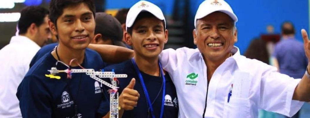 Jóvenes de Chilapa participarán en concurso de robótica en Japón