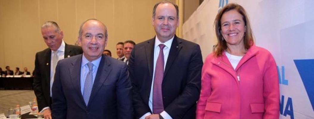 Coparmex da la espalda a AMLO y se suma a Calderón por PF