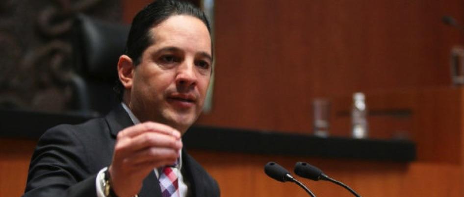 """Francisco Domínguez llama """"miserales"""" a quienes lo vinculan con EPN"""