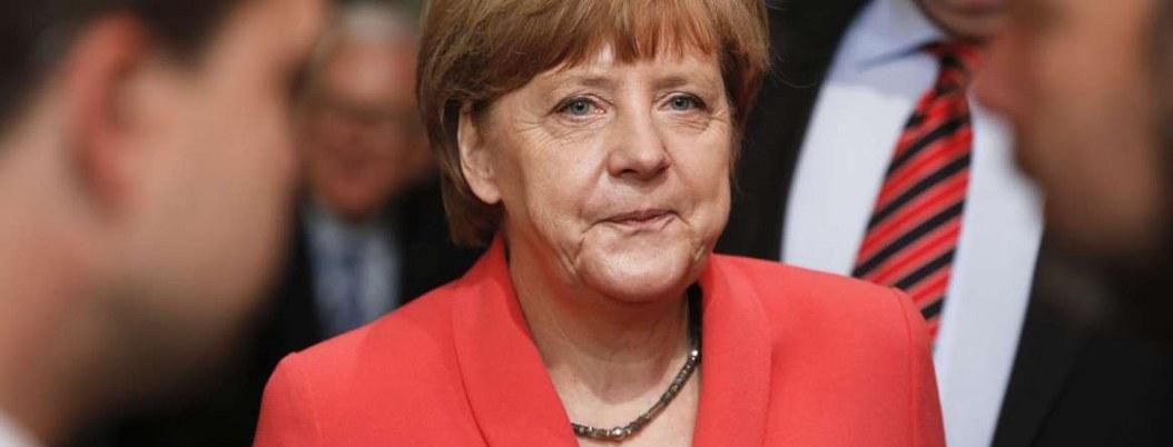 Merkel, cumple 65 años bajo escrutinio por deterioro de su salud