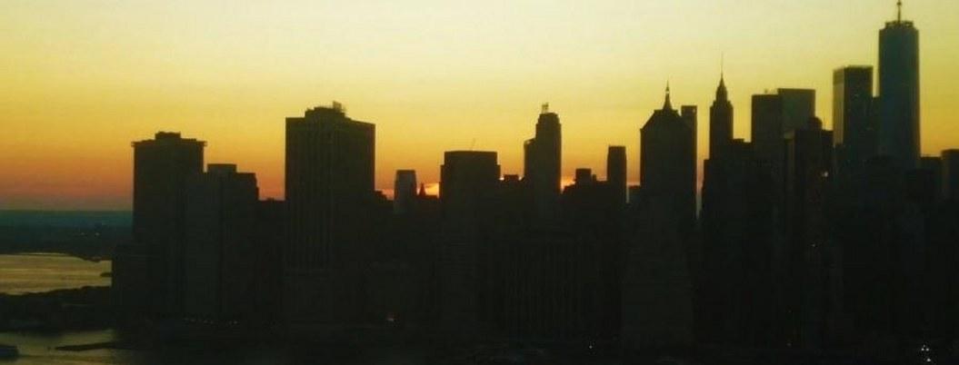 Apagón deja sin luz a decenas de miles en Nueva York