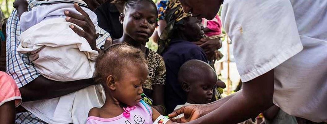 Brote de ébola afecta a más niños en el Congo, alerta Unicef