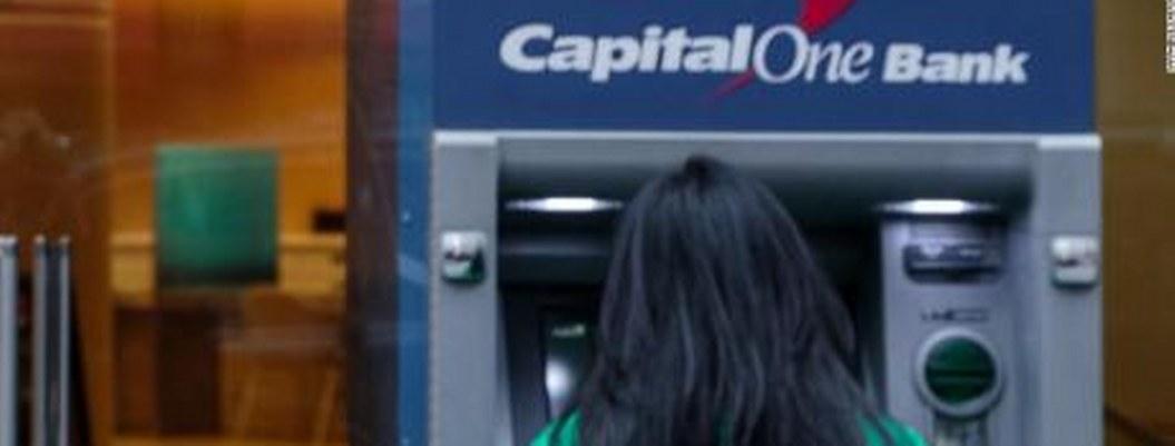 Roban más de 100 millones de datos de clientes de banco Capital One