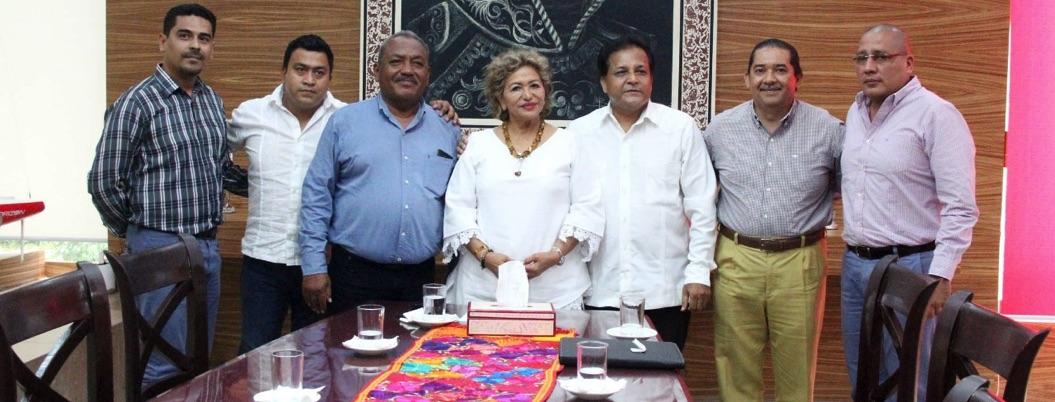 Adela Román se reúne con empresarios integrantes de la Canacintra