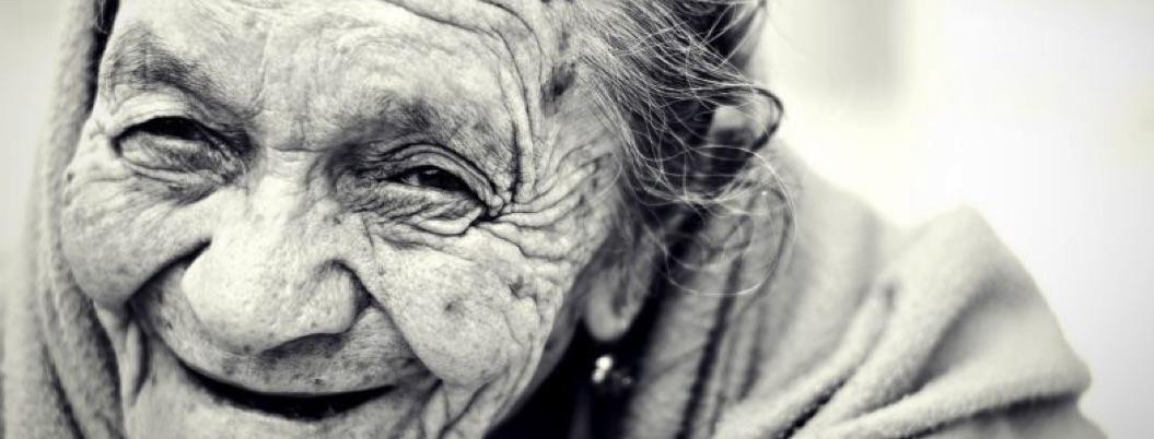 Ser optimista podría hacerte vivir hasta los 85 años o más