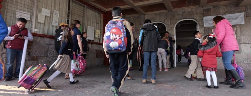 Becados, el 30% de los estudiantes mexicanos