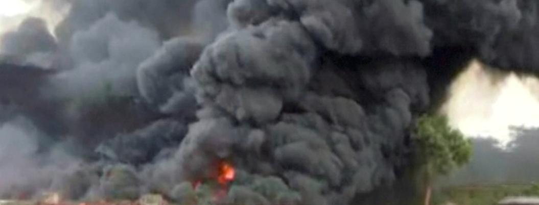 Fallecen 12 personas por explosión de planta química en la India