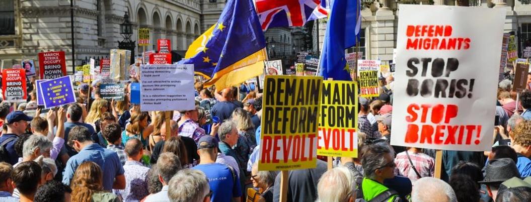 Británicos protestan contra Boris Johnson