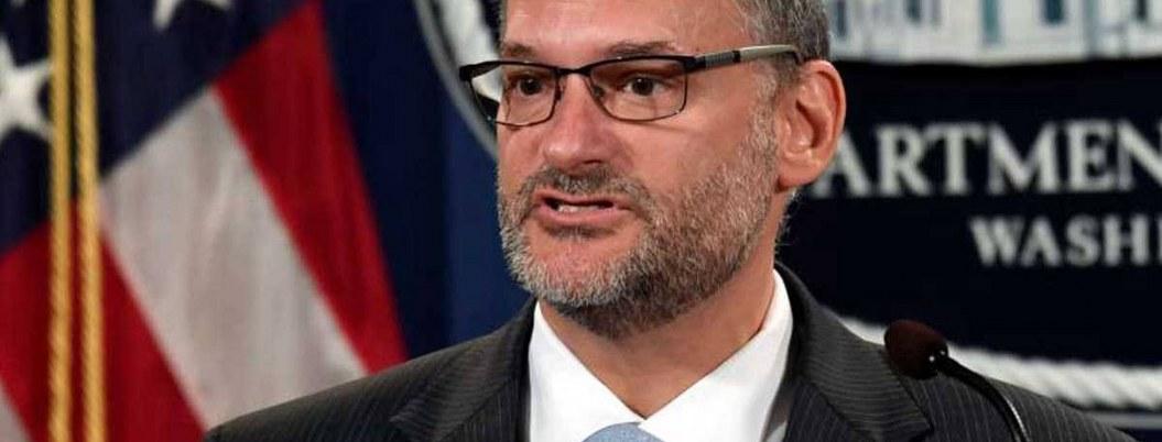 Destituyen a director de prisiones de EU tras suicidio de Jeffrey
