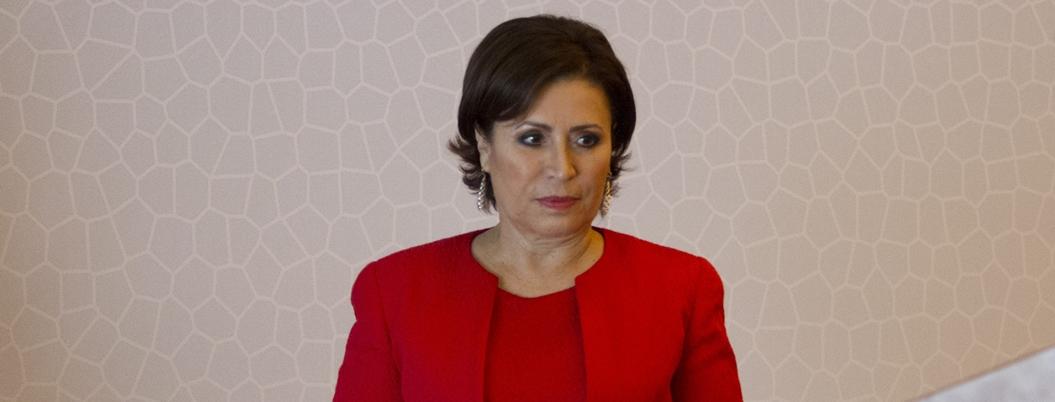 Robles pide a Morena priorizar Covid-19 y no escarnio en su contra