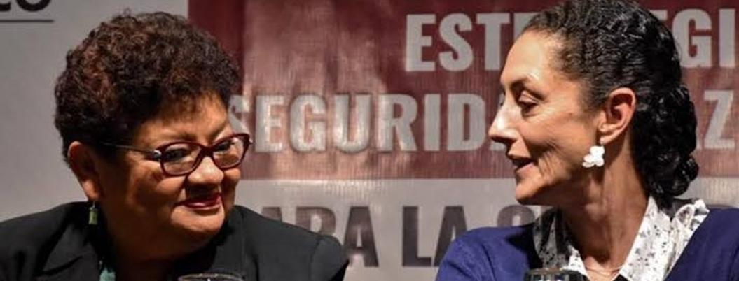 """Andrés Manuel considera a Ernestina Godoy como """"compañera de lucha"""""""