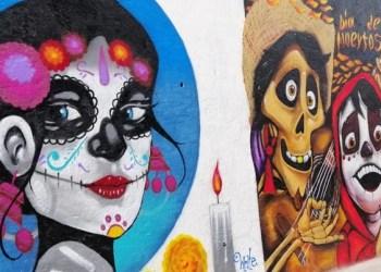 Artistas pintan murales sobre Día de Muertos en panteón de Chilpancingo 5