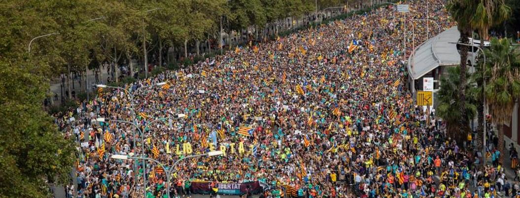 Huelga general paraliza Cataluña en medio de protestas independentistas