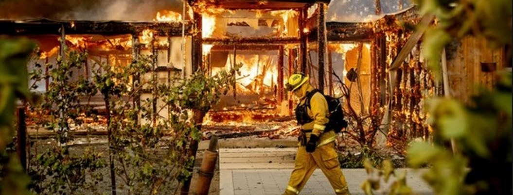 California: incendios forestales provocan devastación y evacuaciones