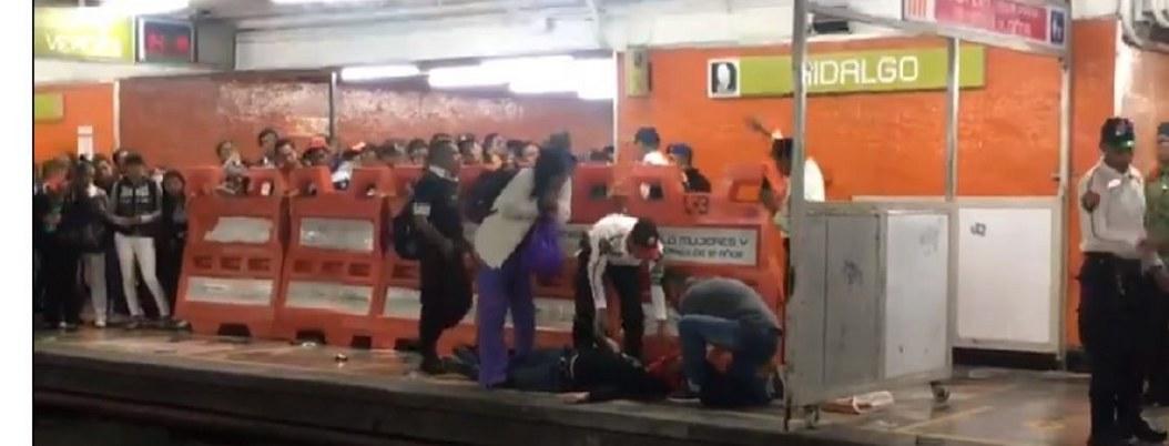 Por asomar la cabeza, tren del Metro atropella a joven en la CDMX