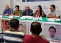 Padres de 43 exigen que declaren policías municipales y estatales 6