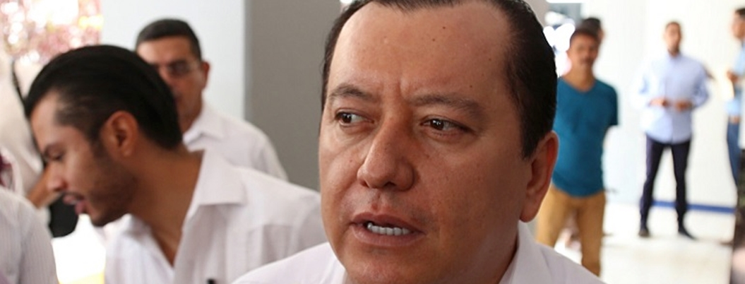 Rectores exigieron respetar autonomía a Congresos locales: Saldaña
