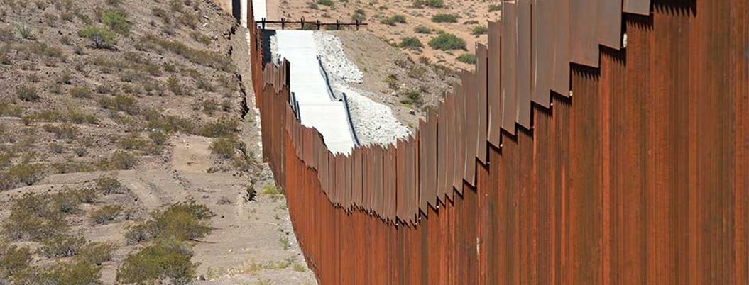 Crimen organizado abre brechas en el muro de Trump