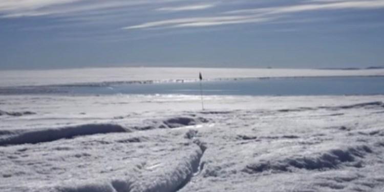 Lago desaparece en cuestión de minutos en Groenlandia | VIDEO 1