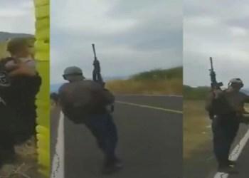 Sicaria graba cómo monta reten con comando armado en Michoacán 8