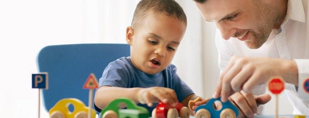 ¡Muy grave! 60% de los padres juegan menos de 2 horas con sus hijos