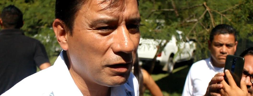 """""""Niños deben estar jugando"""", reclama funcionario federal en Chilapa"""