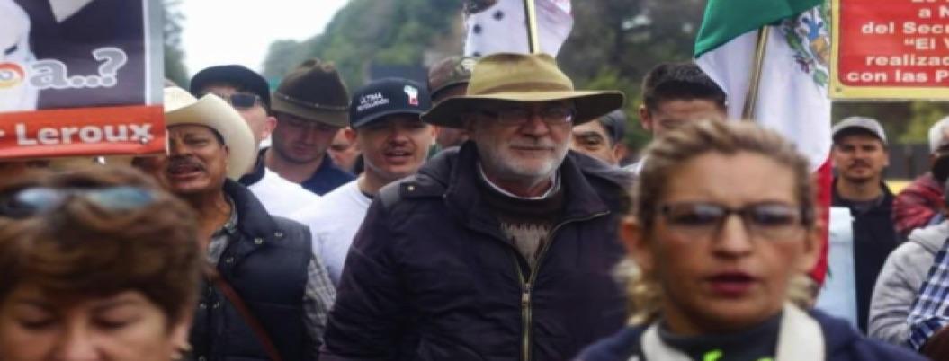 Caminata por la Paz se dirige hacia el Palacio Nacional