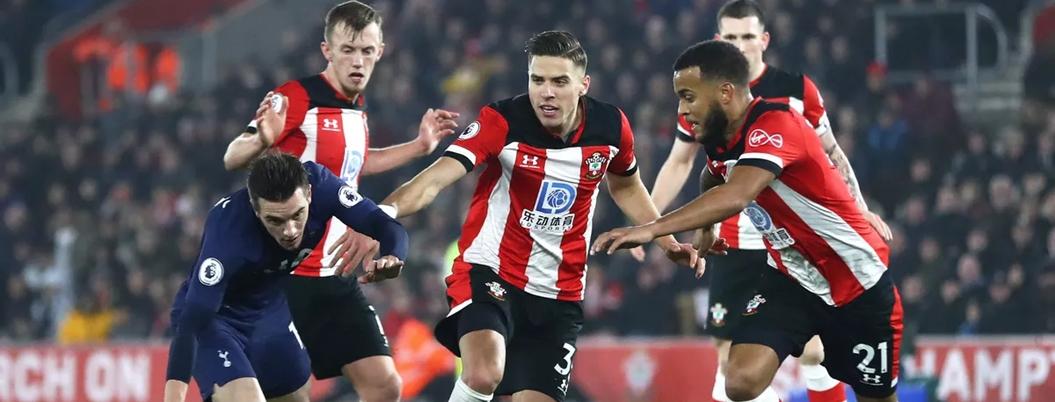 Southampton obliga al replay al Tottenham