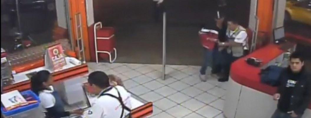 Cámaras de seguridad captan asesinato de policía en Morelos