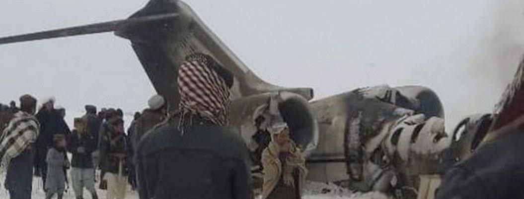 Avión de pasajeros  se estrella en Afganistan