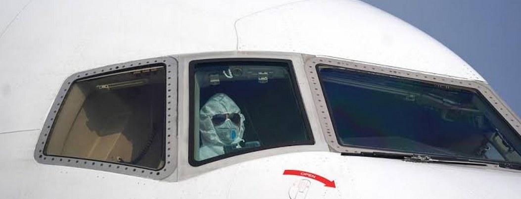 Aerolíneas internacionales cancelan viajes a China por coronavirus