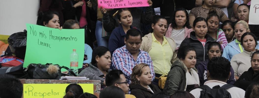 Extrabajadores de Vacunación protestan en Chilpancingo