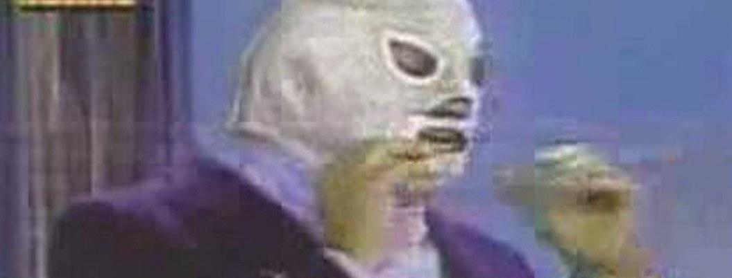 Santo mostró su rostro en televisión poco antes de su muerte| VIDEO
