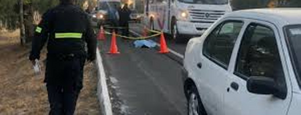 Pasajero venga la muerte de mujer que saltó de autobús asaltado