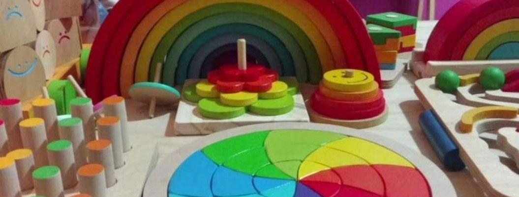 Alumnos de la UNAM crean juguetes para niños con parálisis