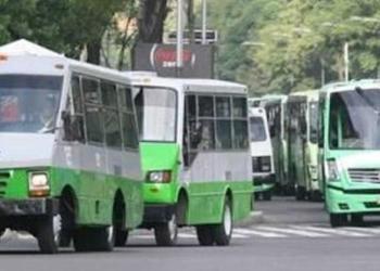 Transportistas amagan con mega marcha en CDMX;exigen alza de tarifa 1